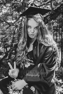 HannahGrad-26